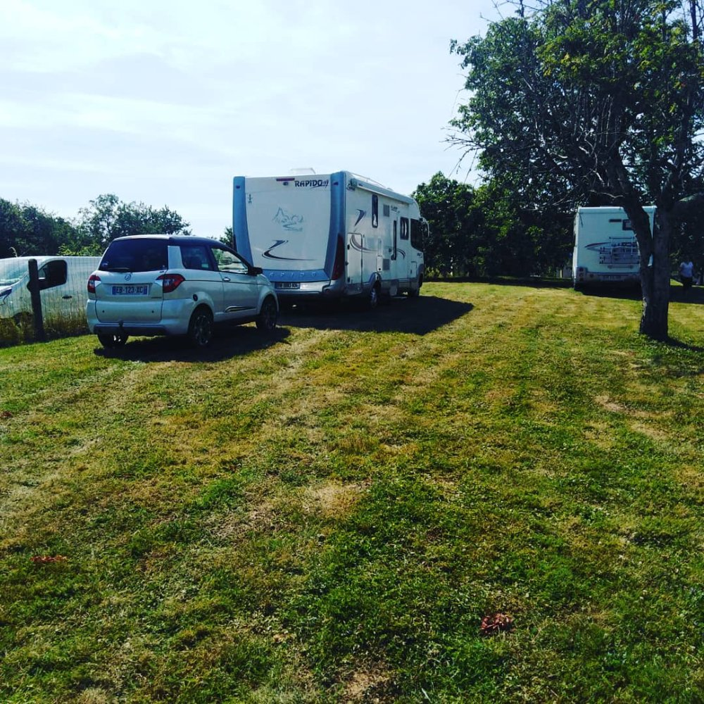 Aire camping-car à Frébuans (39570) - Photo 4